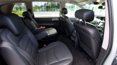 SsangYong Turismo - rear seats