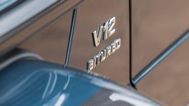 Mercedes-Maybach G 650 Landaulet - V12 badge