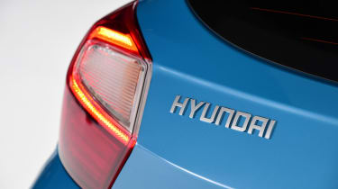 Hyundai i10 - Hyundai badge studio