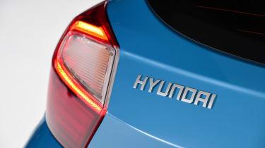 Hyundai i10 - Hyundai badge studio
