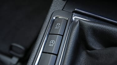 Used Skoda Superb buttons