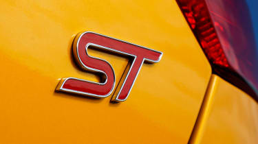Ford Focus ST badge