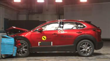 Mazda CX-30 - NCAP crash test red