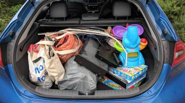 Hyundai Ioniq Plug-in - boot full