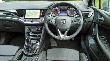 Vauxhall Astra BiTurbo 2016 - interior