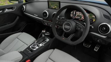 Used Audi RS 3 - dash