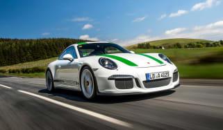 Porsche 911 R - front action