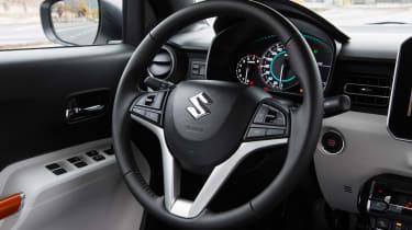 Suzuki Ignis 2016 2WD - interior
