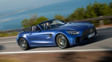 Mercedes-AMG GT R Roadster - front tracking