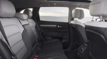 Renault Koleos Initiale Paris - rear seats