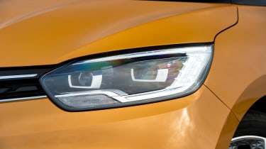 Renault Scenic - front light