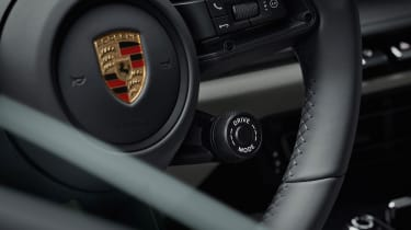 Porsche 911 - steering wheel detail