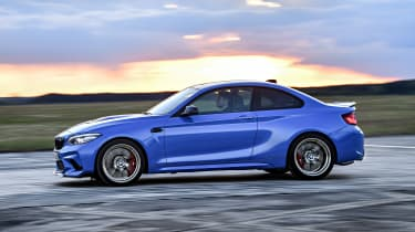 BMW M2 CS - side action