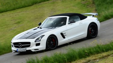 Mercedes SLS AMG Final Edition front action
