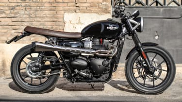 Triumph Street Twin review - static side