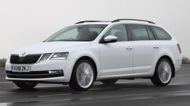 skoda octavia estate tracking front