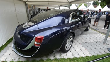 The Rolls-Royce Sweptail features a rear end that was inspired by the Rolls-Royces of the 1920s.