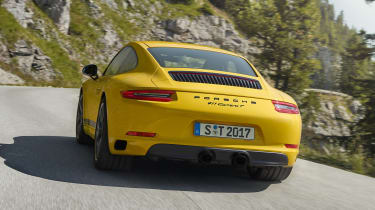 Porsche 911 Carrera T - rear action