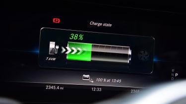 Mercedes E 300 de - long-term review - battery