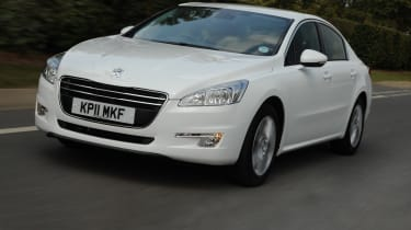 Peugeot 508 1.6 HDi Active front cornering