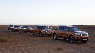 Nissan NP300 Navara pick-up dune - group