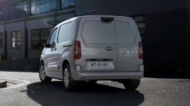 Peugeot e-Partner - rear