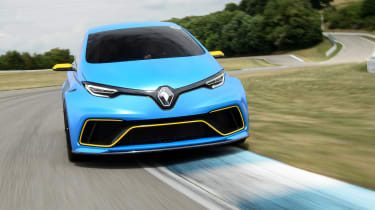 Renault ZOE E-Sport concept - full front action