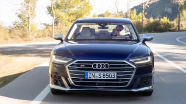 Audi S8 - full front action