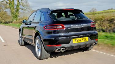 Porsche Macan - rear tracking