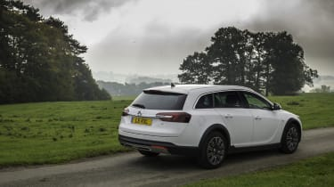 Vauxhall Insignia Country Tourer rear static