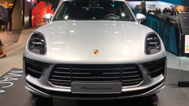 Porsche Macan Turbo - front static Frankfurt