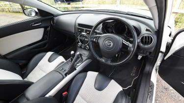 Mazda RX-8 - dash