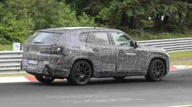 BMW X8 - 2021 spyshot 5