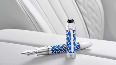 BMW 7 Series THE NEXT 100 YEARS - Montblanc pen