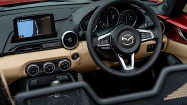 Mazda MX-5 1.5 - dash