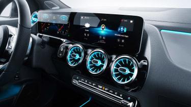 Mercedes B-Class - studio interior