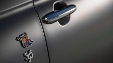 Abarth F595 - side detail