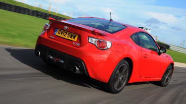 Toyota GT 86 rear tracking
