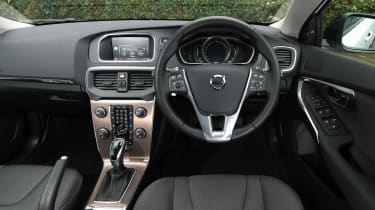Volvo V40 Cross Country - dash
