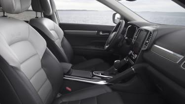 Renault Koleos Initiale Paris - front seats