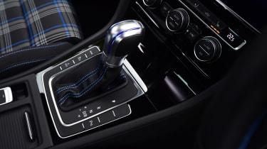 Volkswagen Golf GTE - transmission