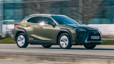 Lexus UX 300e - front