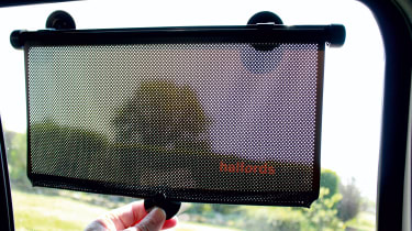 Sun shade review and car blind test