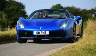 Ferrari 488 Spider - front action