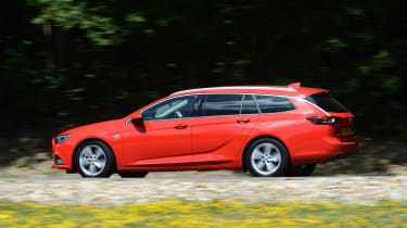 Vauxhall Insignia Sports Tourer - side