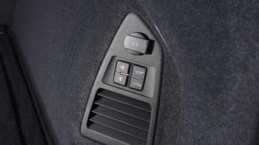 Volkswagen Touareg - seat controls