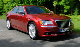Chrysler 300C front tracking