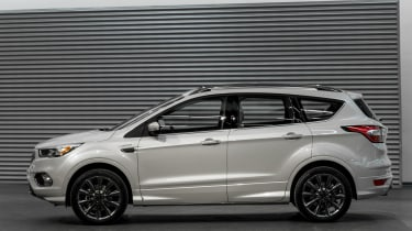 Ford Kuga Vignale Concept - studio side