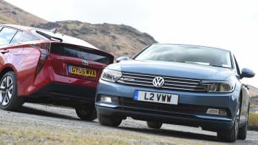 Volkswagen Passat vs Toyota Prius - head-to-head