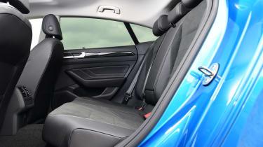 Volkswagen Arteon eHybrid - seats